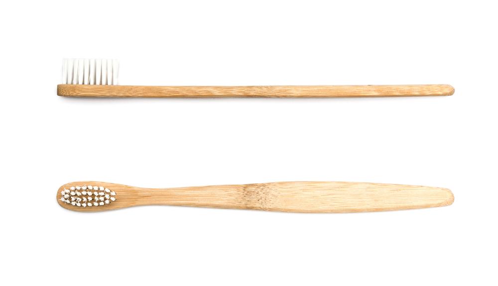 Así son los cepillos de dientes de bambú