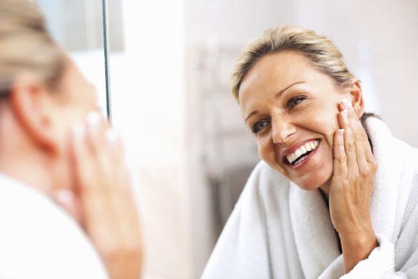 ¿Cómo afecta la menopausia a tu salud dental? Aquí nuestros consejos