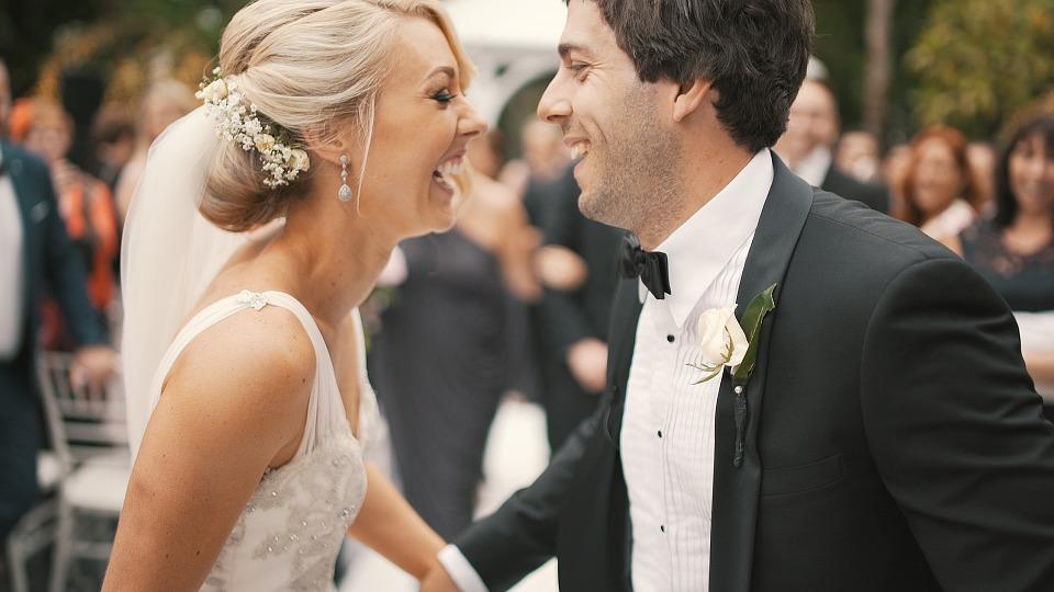¡Empieza la temporada de bodas! Descubre nuestros tratamientos para una sonrisa perfecta