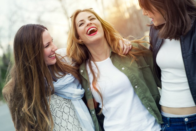 ¿Sabías que sonreir es tu mejor medicina?