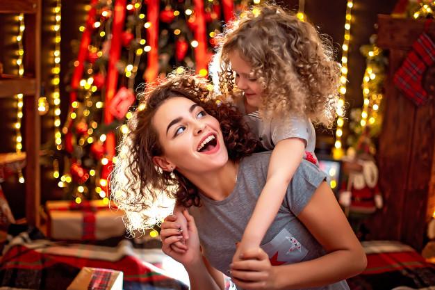 Esta Navidad deslumbra a todos con tu mejor sonrisa